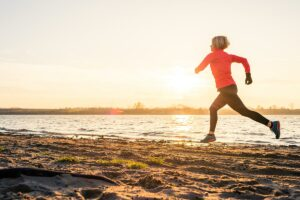 woman running for weight loss with lipotropic injections treatmetn